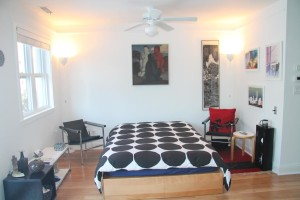 Pennswood Village Studio Apartment Living Space 4